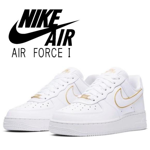 nike air force 1 07 essential